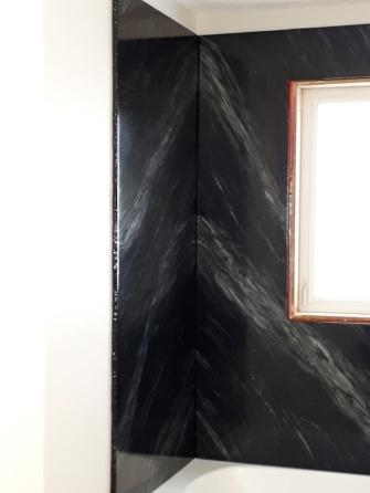 tub surround black